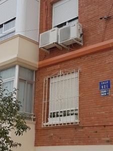 Solución cables sueltos en fachadas